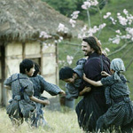 Kids teach Tom Cruise the way of the Samurai