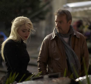 Killing time with Vivi (Amber Heard) and Ethan (Kevin Costner)