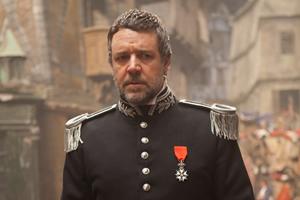 Inspector Javert (Russell Crowe)